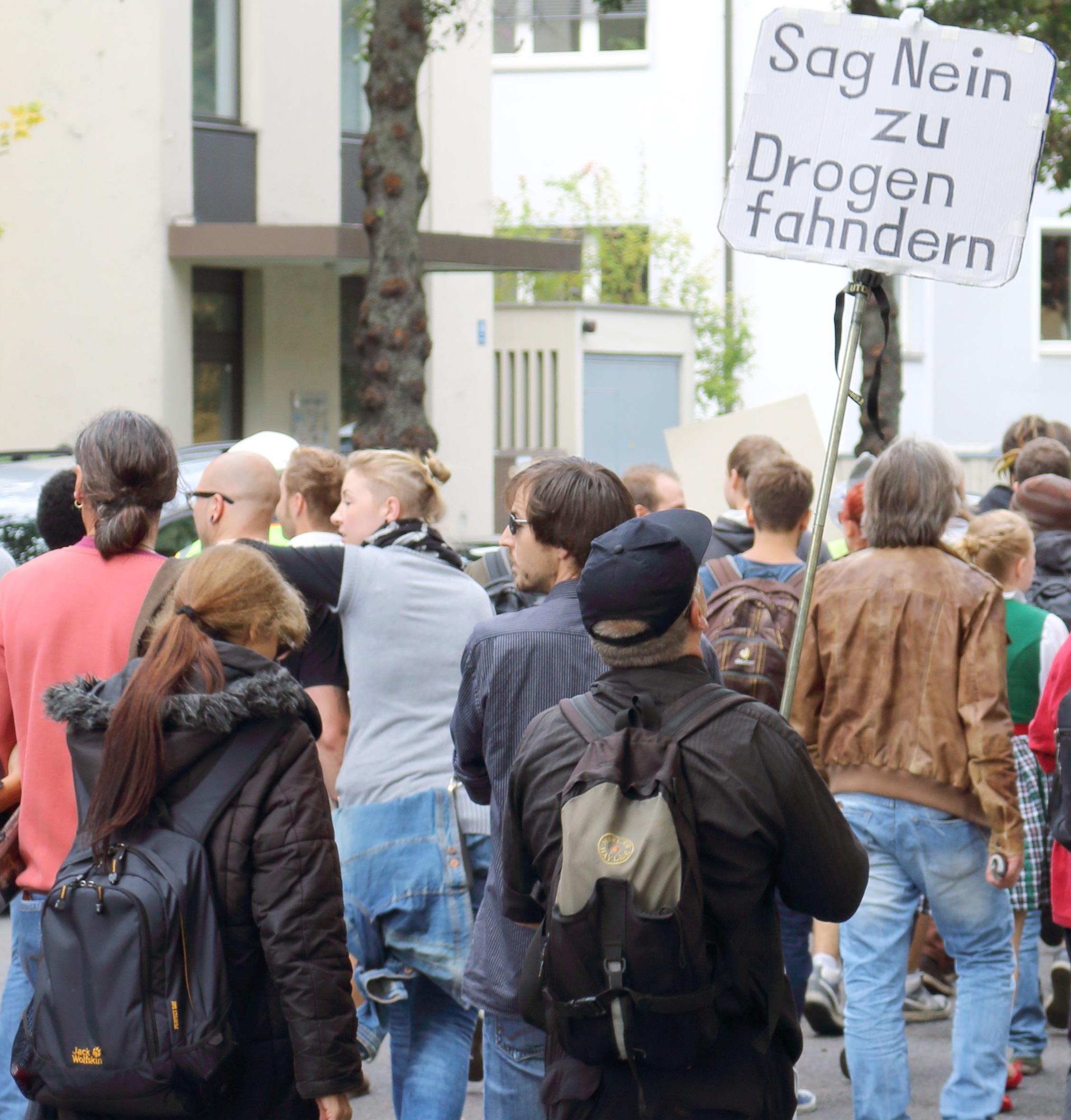 Lieber Kiffen, statt Kotzen! 2014 - Hanf-Initiative